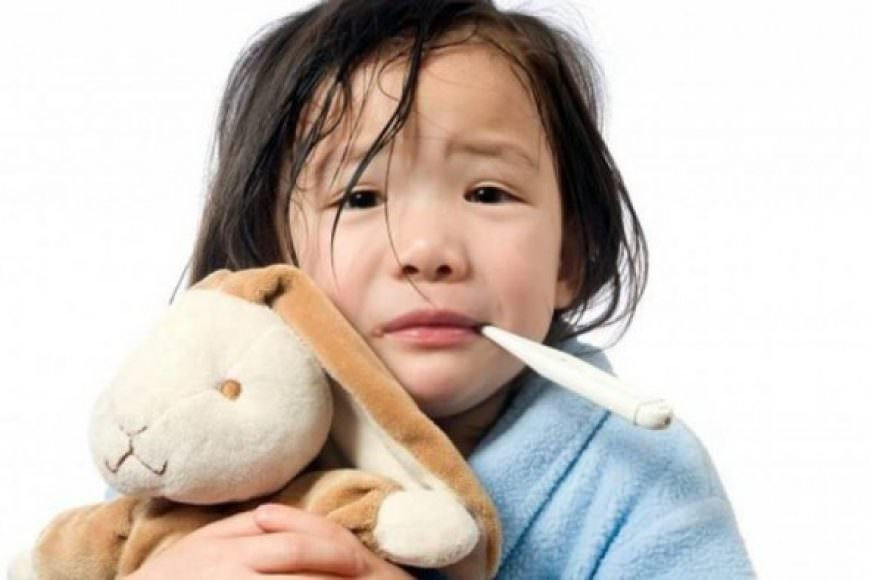 Chăm sóc trẻ bị cảm hoặc cúm