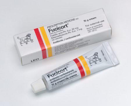 chế phẩm có chứa corticoid