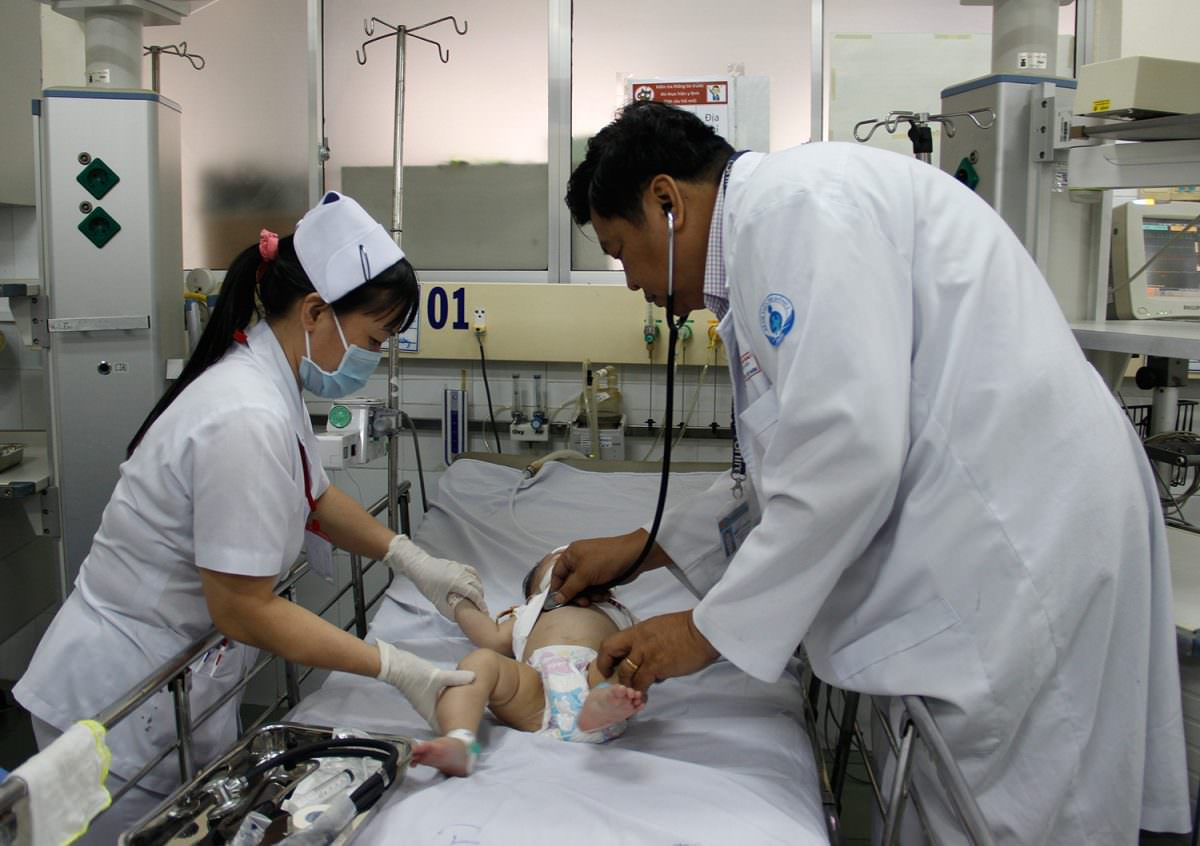 điều trị co giật do sốt ở trẻ em