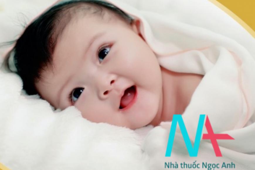 Sự phát triển về cảm xúc xã hộ của trẻ sơ sinh từ khi sinh đến 3 tháng tuổi