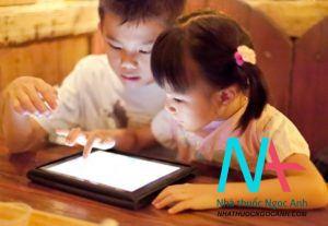 cho trẻ em sử dụng công nghệ