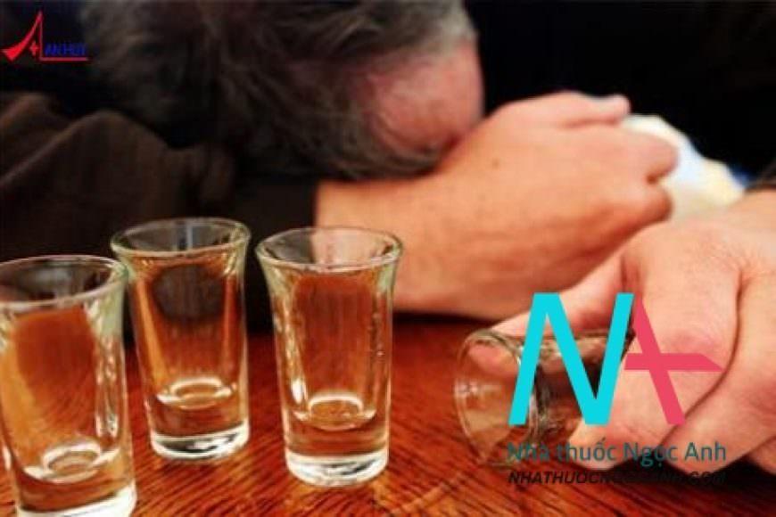 Tương tác khi sử dụng rượu và kháng sinh