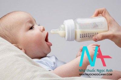 sữa mẹ dành cho trẻ em