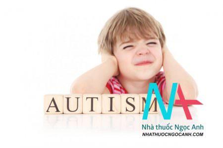 trẻ em bị tự kỷ
