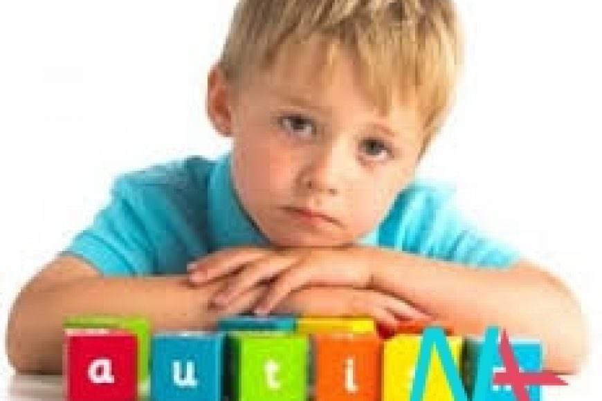 Những dấu hiệu sớm của tự kỷ là gì?