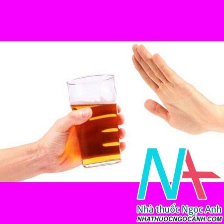 Bệnh nhân mắc xơ gan tuyệt đối không sử dụng rượu bia, chất kích thích