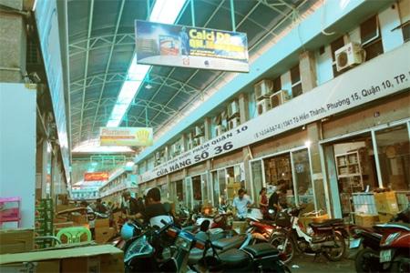 Chợ thuốc tây lớn nhất Sài Gòn