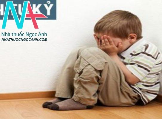 Bệnh tự kỷ ở trẻ em là gì? Nguyên nhân, triệu chứng, cách điều trị