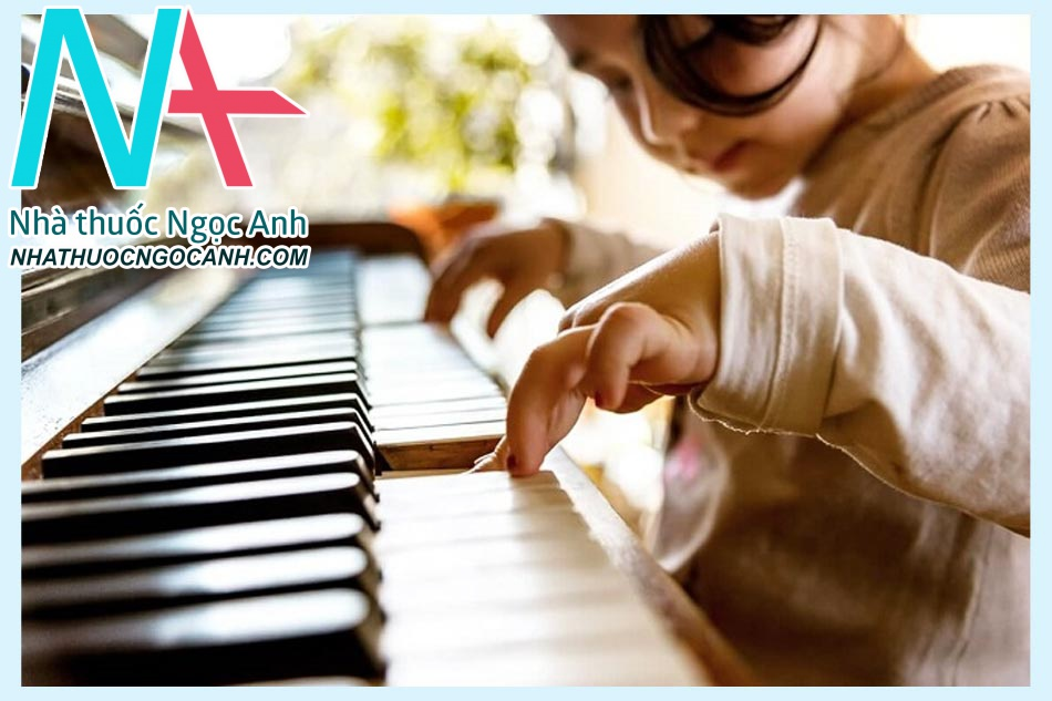 Dùng âm nhạc để điều trị chứng tự kỷ ở trẻ nhỏ